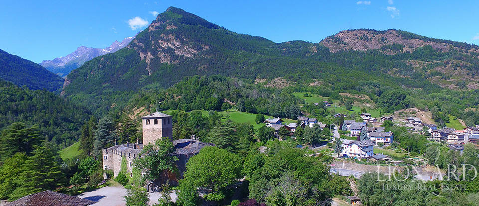 Spectacular ancient castle in the Aosta Valley Image 1