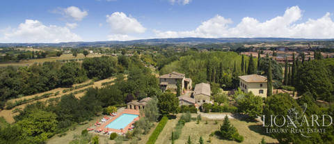 flott agritourism resort for salg i siena