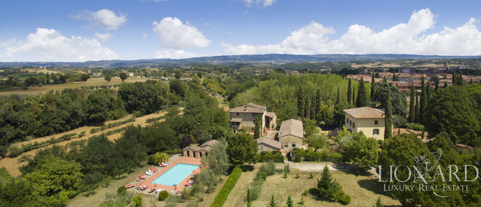wonderful agritourism resort for sale in siena