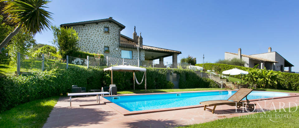 villa for sale by lake bracciano