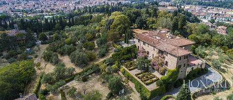 historical Villa sale in florence