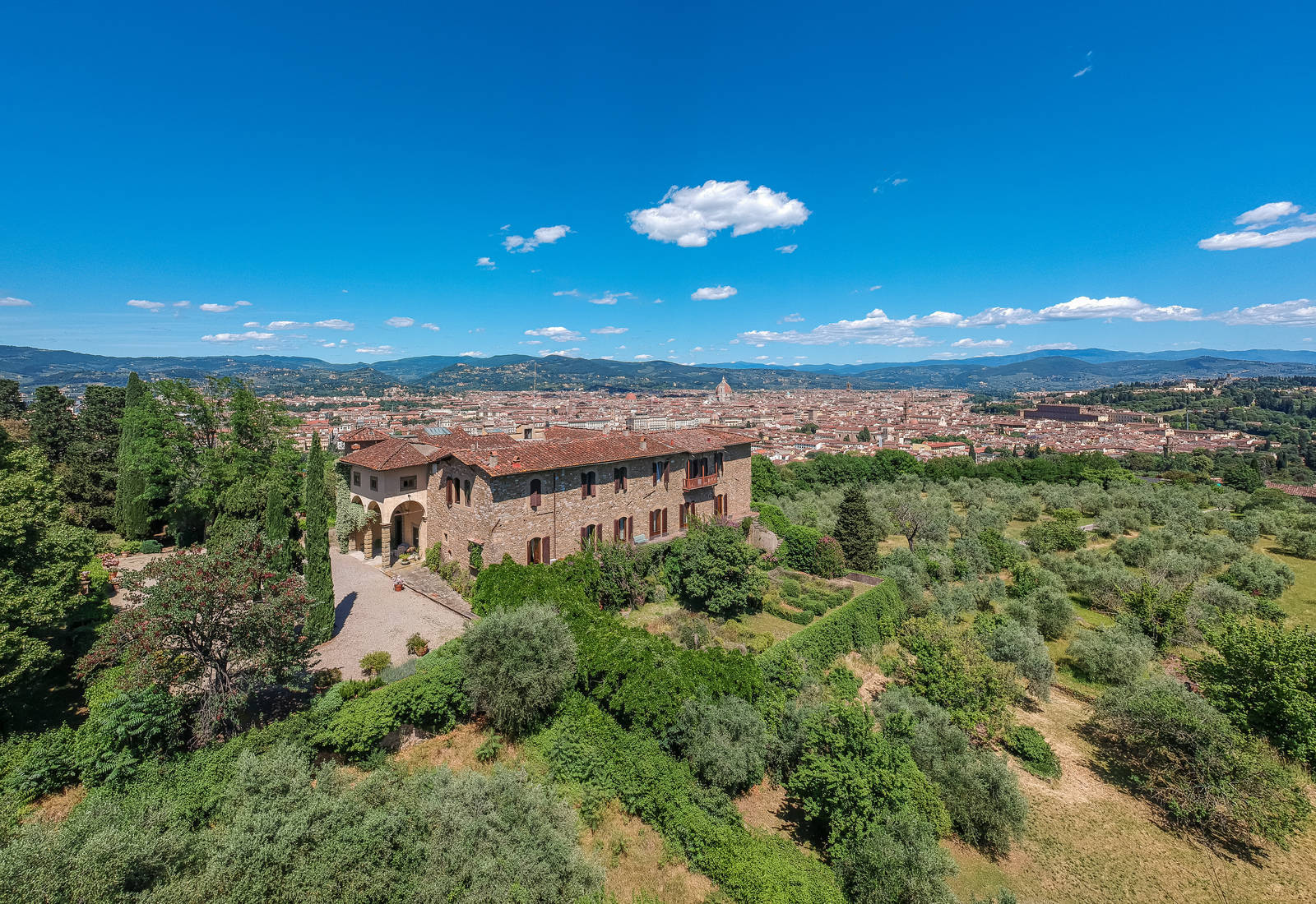 Historical villa for sale in Bellosguardo, Florence