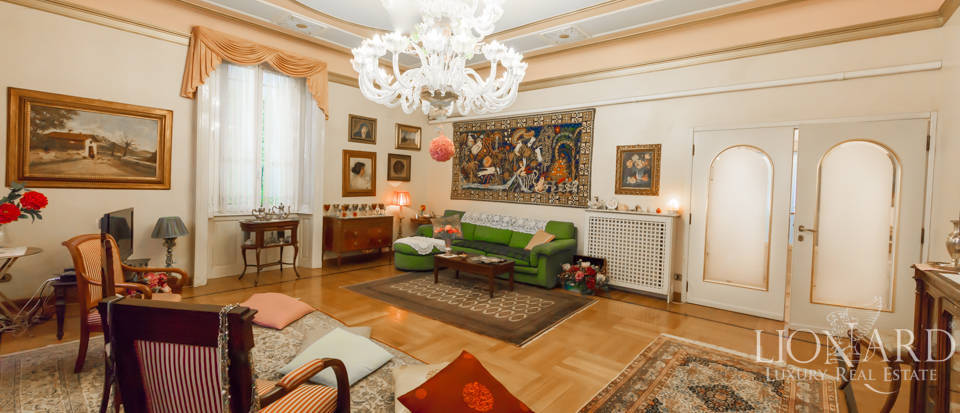 Independent villa for sale in Milan Image 1
