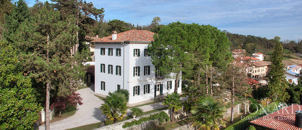 luxurious villa for sale in friuli venezia giulia