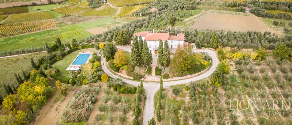 Wonderful villa for sale in Vinci Image 1