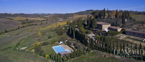 magnificent villa with swimming pool in siena