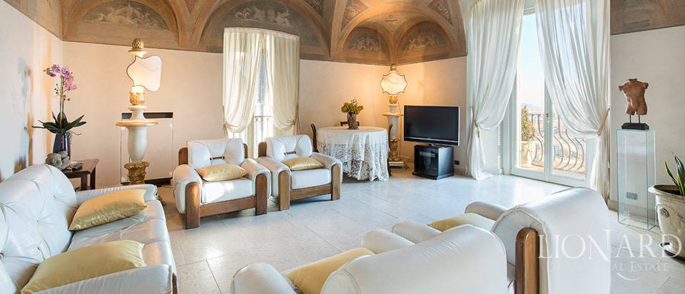 Wonderful apartment for sale in Bergamo Alta Image 1