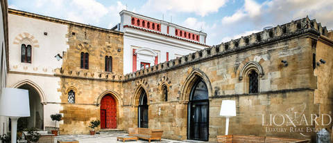 luxurious historical building for sale in sicily
