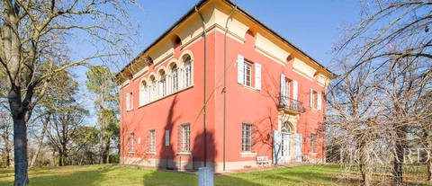 magnificent villa for sale near bologna