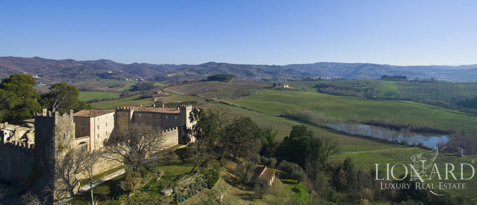Enchanted castle for sale in Perugia Image 1