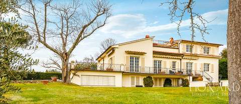 villa for sale on a hill in florence