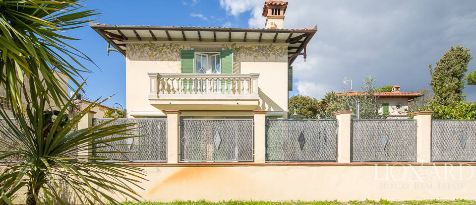 luxury home in the centre of forte dei marmi