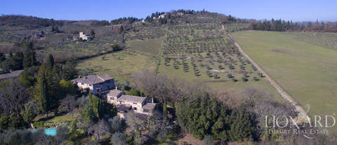 stunning farmhouse for sale in chianti