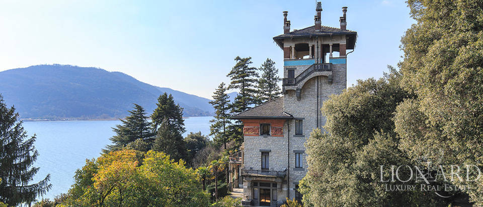 Art-nouveau villa for sale by Lake Iseo Image 1
