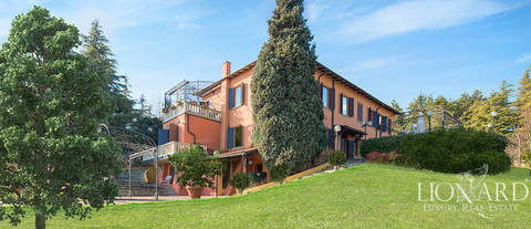 villa with park for sale in bologna