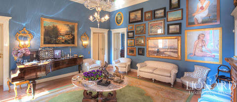 wonderful historical apartment for sale in como