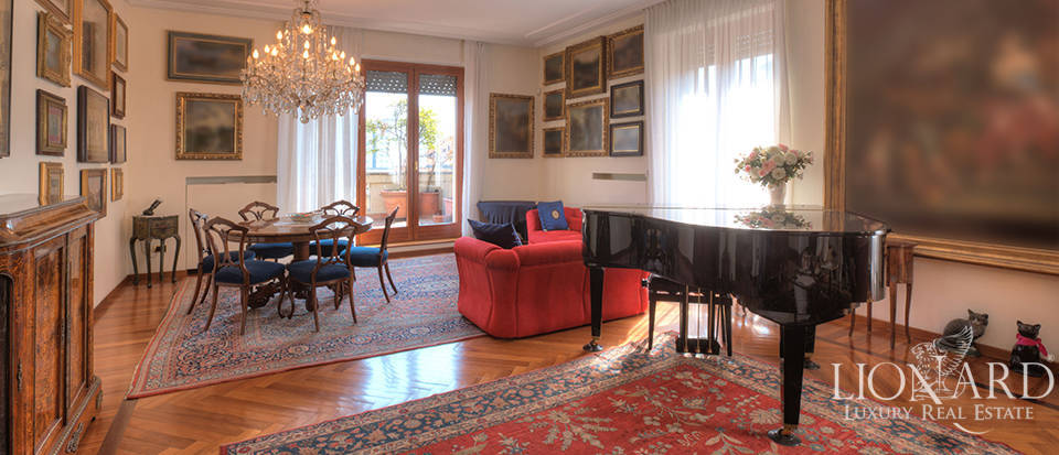 Penthouse for sale in Milan S. Babila Image 1