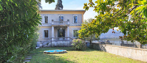 lake front villa for sale in varenna