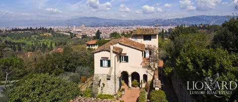 traditional villa for sale in florence