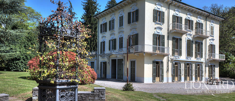 Exclusive luxury villa for sale in Varese Image 1