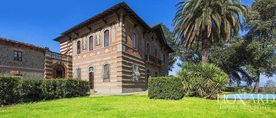 Historical villa for sale in the province of Pistoia Image 1