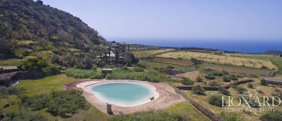 stunning dammuso for sale in pantelleria