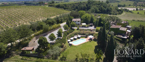 farmstead for sale on montepulciano s hills