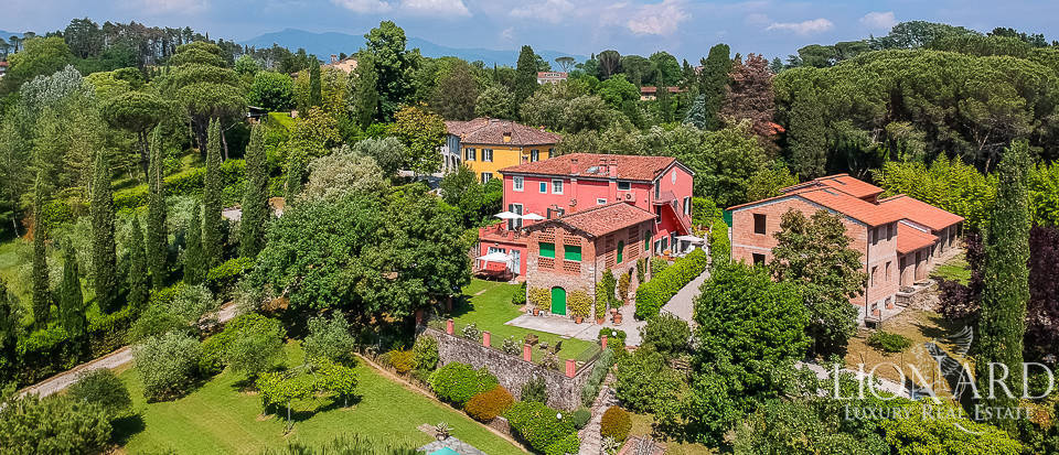 lucca historical villa for sale
