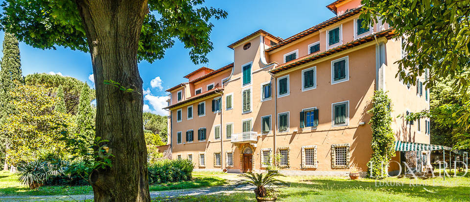 historical hotel for sale in montecatini terme