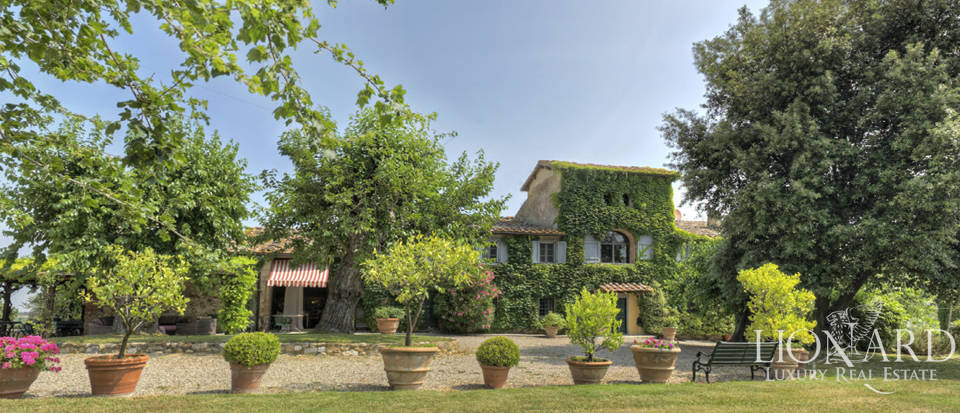stunning period farmhouse near florence