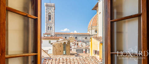 apartment with a view of the cathedral in florence s city centre