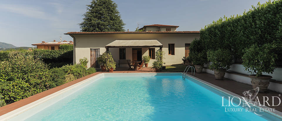 luxury villa with swimming pool for sale near lucca