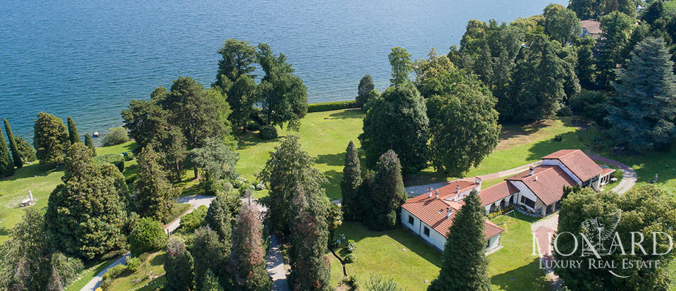 Stunning luxury villa for sale by Lake Maggiore Image 1