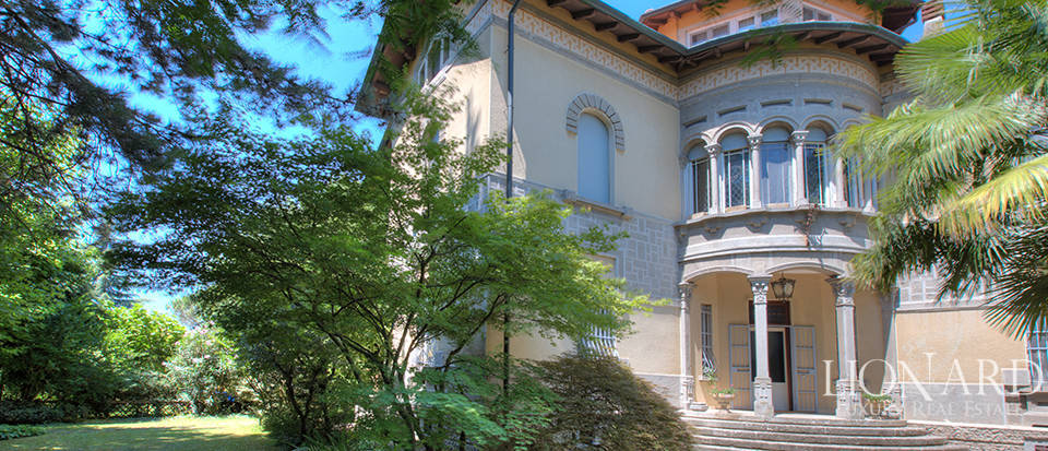 Wonderful villa for sale in Crespi D