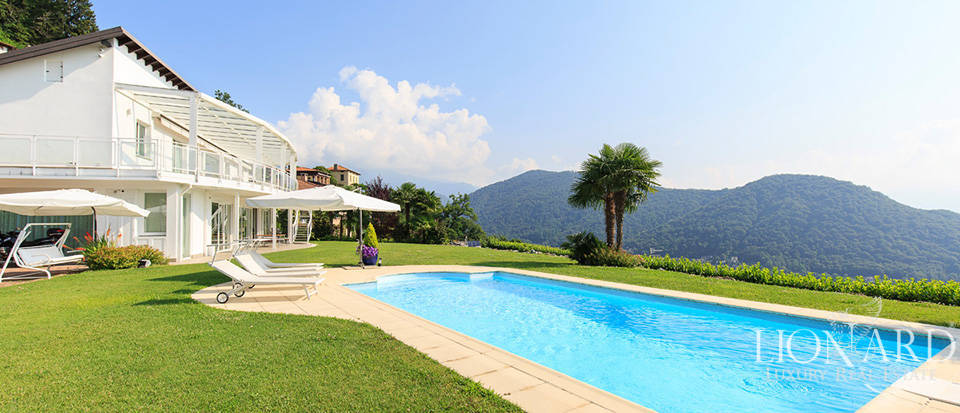 wonderful villa with a view of lake lugano for sale