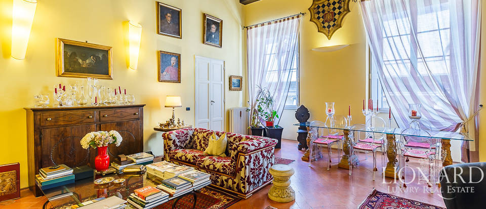 charming apartment for sale in the heart of florence