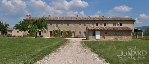 italy luxury homes umbria real estate
