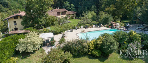 wonderful farmstead for sale near varese