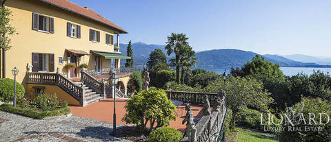 luxury villa for sale on the shores of lake maggiore