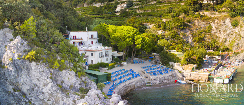 magnificent sea front villa on the amalfi coast