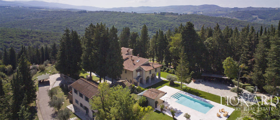 Luxury villa for sale in the province of Florence Image 1