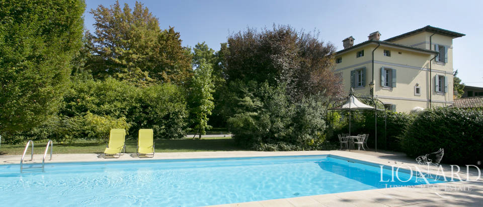 stunning villa with swimming pool in reggio emilia