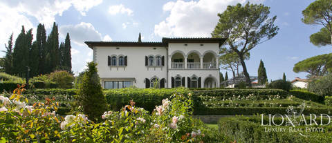 wonderful early 19th century villa in florence