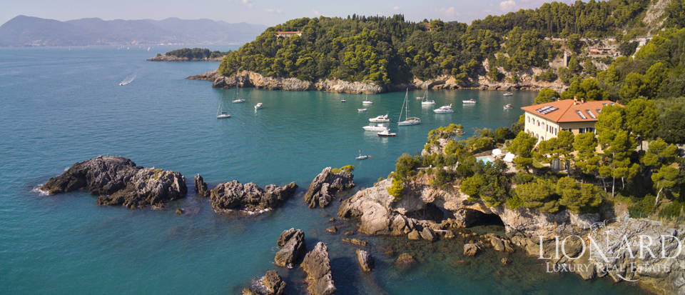 Luxueus appartement te koop in Lerici Image 1
