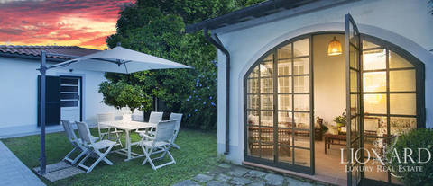 charming villa in the heart of forte dei marmi