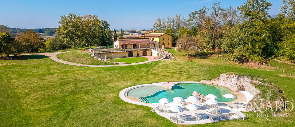 magnificent luxury estate in florence s countryside
