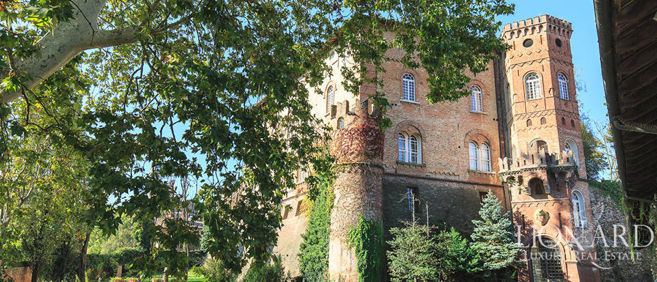 castle with outbuillding for sale in piedmont