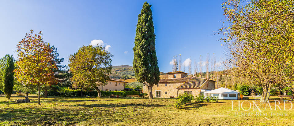 Wonderful resort for sale near Florence Image 1