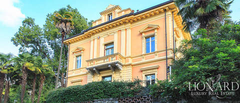 villa with a fantastic view of lake maggiore for sale