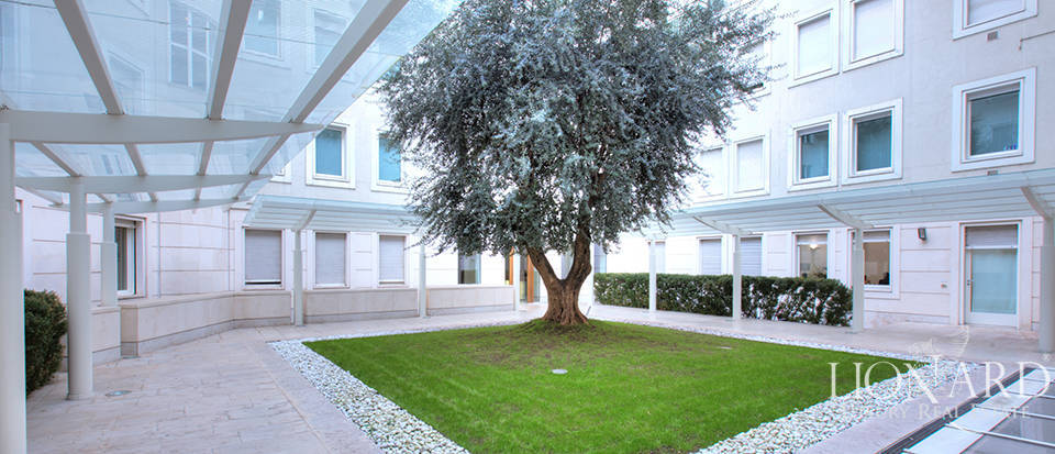 luxury estate for sale in milan